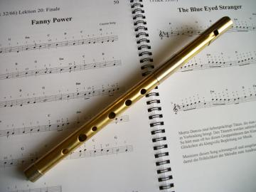 TWZ Tin Whistle XL 1